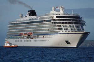 Cruise ship Viking Venus with Pilot boat Arrow alongside